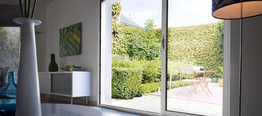 les diff rents types de fen tres en aluminium. Black Bedroom Furniture Sets. Home Design Ideas