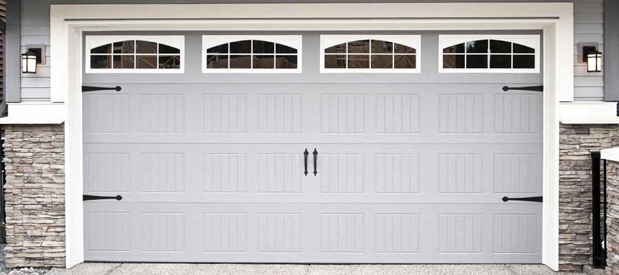 Pose de porte de garage